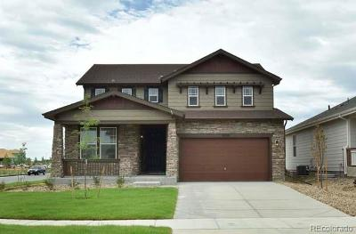 Longmont Single Family Home Active: 2038 Sicily Circle