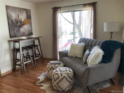 Aurora CO Condo/Townhouse Active: $134,000