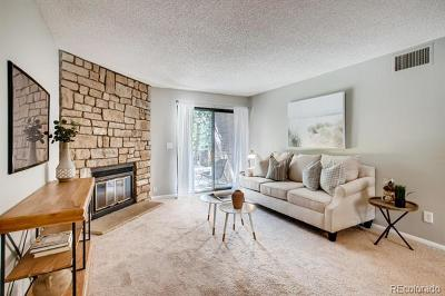 Lakewood Condo/Townhouse Active: 416 Wright Street #104