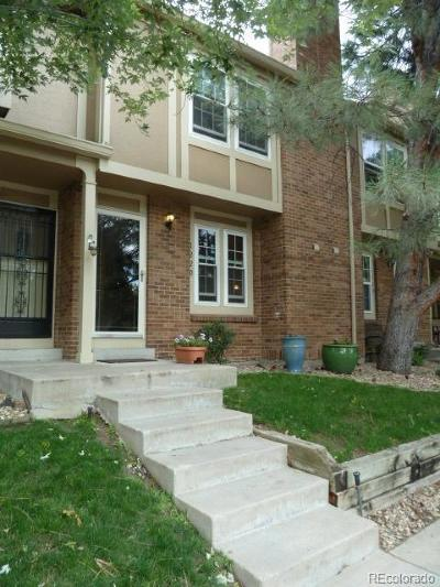 Lakewood Condo/Townhouse Active: 1220 South Flower Circle #C