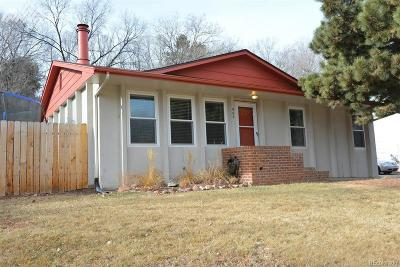 Colorado Springs Single Family Home Active: 902 Pioneer Lane