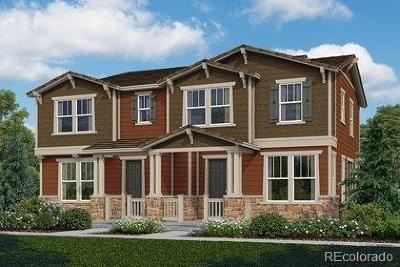 Castle Rock CO Condo/Townhouse Active: $420,273