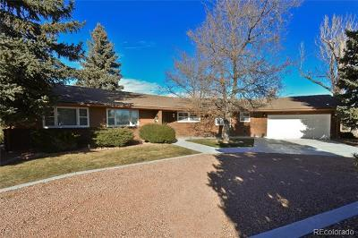 Longmont Single Family Home Active: 1800 Horseshoe Circle