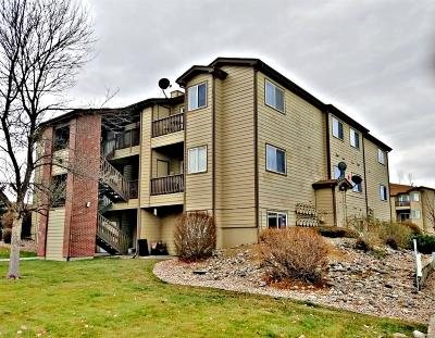 Longmont Condo/Townhouse Active: 50 19th Avenue #61