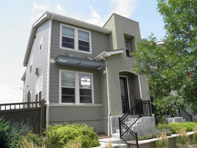 Lakewood CO Condo/Townhouse Active: $474,900