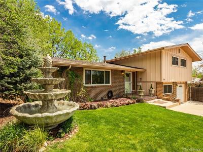 Longmont Single Family Home Active: 54 Cedar Court