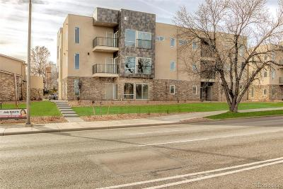 Aurora CO Condo/Townhouse Active: $289,900