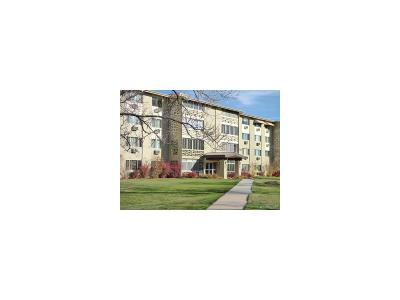 Denver Condo/Townhouse Active: 690 South Alton Way #11A
