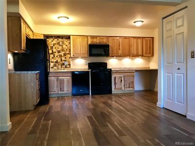 Denver CO Condo/Townhouse Active: $145,000