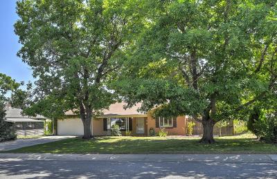 Denver CO Single Family Home Active: $499,999