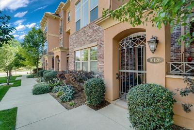 Englewood Condo/Townhouse Active: 10126 Inverness Main Street