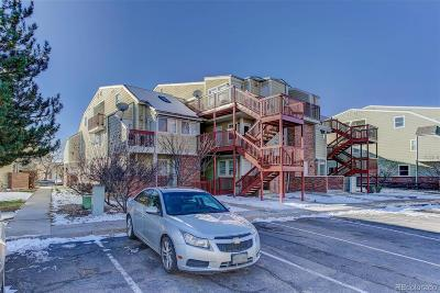 Aurora CO Condo/Townhouse Active: $128,000