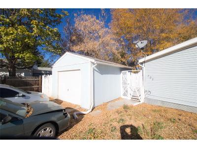 Dacono Single Family Home Under Contract: 721 Glen Dale Place