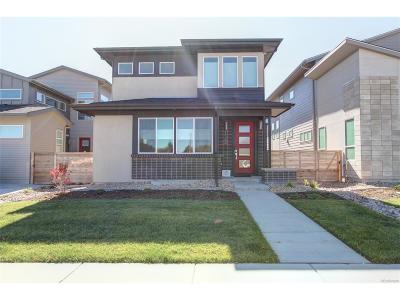 Aurora, Denver Single Family Home Active: 1364 West 68th Avenue