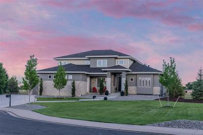 Fort Collins Single Family Home Active: 3911 Raptor Court