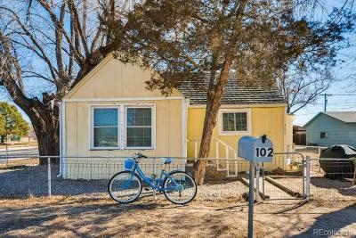 Fountain Single Family Home Under Contract: 102 South Hamlin Street