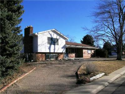 Single Family Home Sold: 6290 South Ivy Street