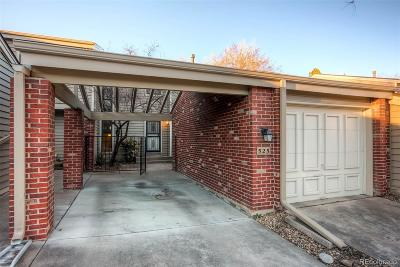 Littleton Condo/Townhouse Active: 7925 West Layton Avenue #525