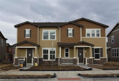 Castle Rock CO Condo/Townhouse Active: $385,000