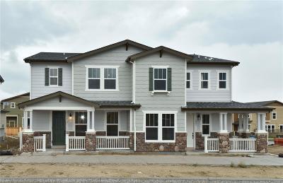 Castle Rock CO Condo/Townhouse Active: $415,000
