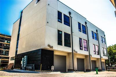 Condo/Townhouse Active: 1248 East Asbury Avenue