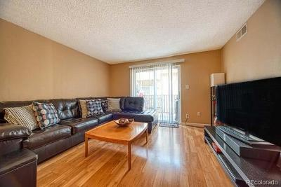 Condo/Townhouse Active: 7395 East Quincy Avenue #203