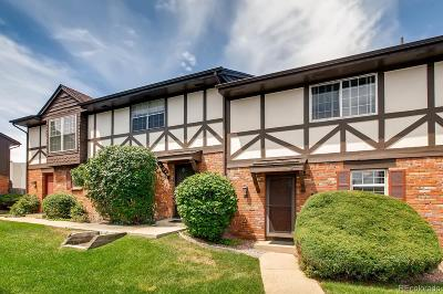Denver Condo/Townhouse Active: 3825 South Monaco Parkway #151