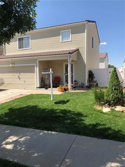 Denver CO Single Family Home Active: $305,000