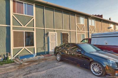 Aurora Condo/Townhouse Active: 1427 Norfolk Street