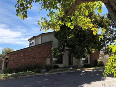Denver Condo/Townhouse Active: 7900 West Layton Avenue #926