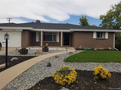 Lakewood Single Family Home Active: 605 Everett Street