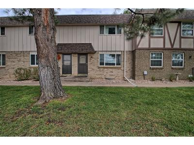 Centennial Condo/Townhouse Under Contract: 4840 East Hinsdale Place