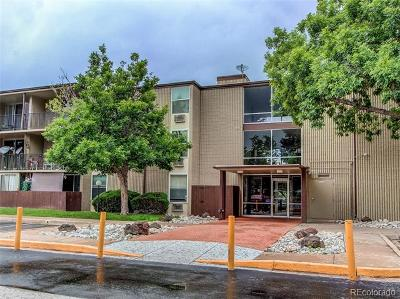 Aurora Condo/Townhouse Active: 2281 South Vaughn Way #302A
