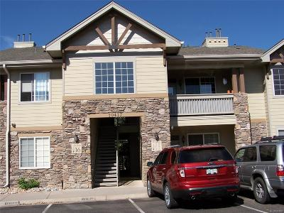 Lakewood CO Condo/Townhouse Active: $312,000