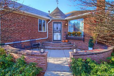 Denver Single Family Home Under Contract: 797 Newport Street