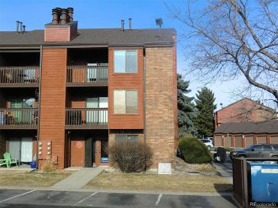 Lakewood Condo/Townhouse Active: 447 Wright Street #320
