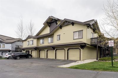 Condo/Townhouse Active: 3425 Covey Cir #606