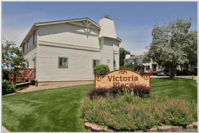 Aurora CO Condo/Townhouse Active: $225,000