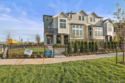 Denver Condo/Townhouse Active: 8882 East 47th Avenue