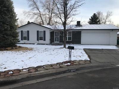 Lakewood CO Single Family Home Under Contract: $369,000
