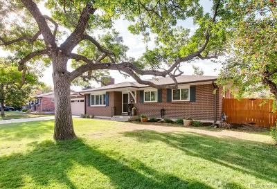 Single Family Home Active: 8226 East Lehigh Avenue