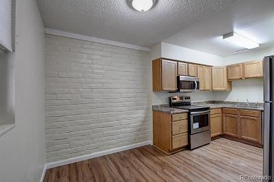 Denver Condo/Townhouse Active: 6800 East Tennessee Avenue #221