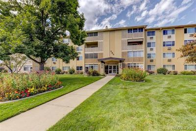 Denver Condo/Townhouse Active: 585 South Alton Way #4A