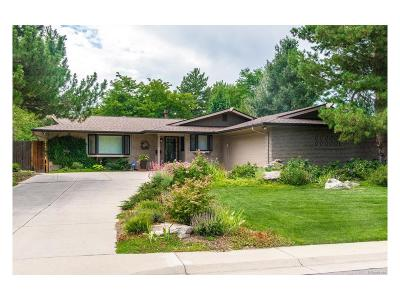 Lakewood Single Family Home Under Contract: 11624 West Applewood Knolls Drive