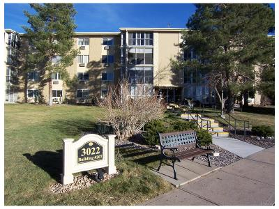 Aurora Condo/Townhouse Active: 3022 South Wheeling Way #310