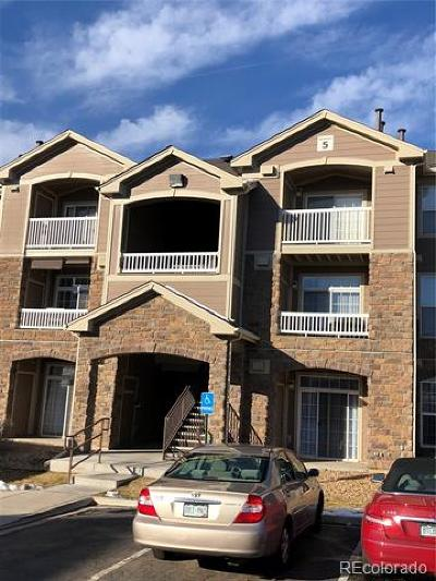 Englewood Condo/Townhouse Active: 7440 South Blackhawk Street #5305