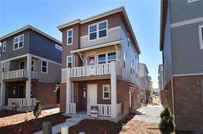 Aurora CO Single Family Home Active: $397,950