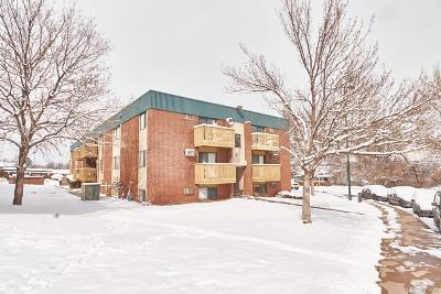Denver CO Condo/Townhouse Active: $129,900