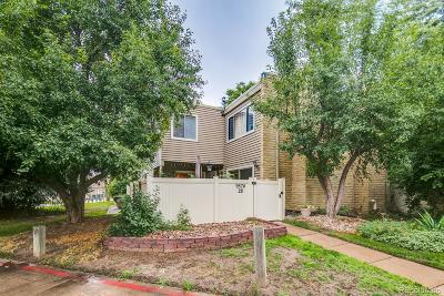 Denver Condo/Townhouse Active: 9574 East Kansas Circle #28