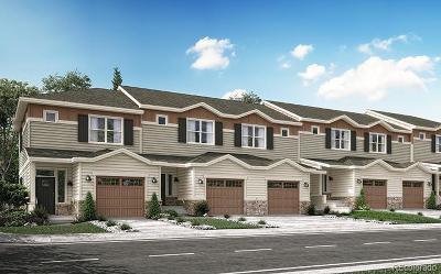 Lakewood Condo/Townhouse Active: 1164 South Oak Circle #0405